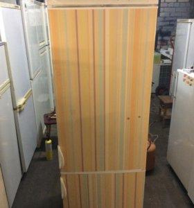 Холодильник zanussi (привезу)