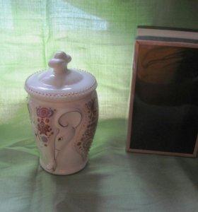 Керамическая чайница(новая)