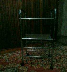 Откатной стол