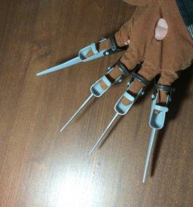 Игрушка перчатка Фредди Крюгера