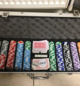 Покерный чемодан.