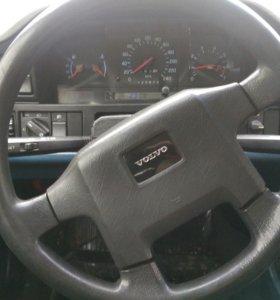 Автомобиль вольво 850