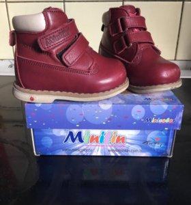 Ботинки демисезон Минитин Minitin 19 размер