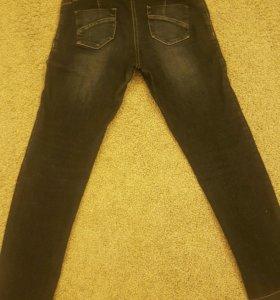 Продам фирменные джинсы для беременных р. 46