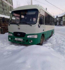 Автобус марка Hyundai Caunty