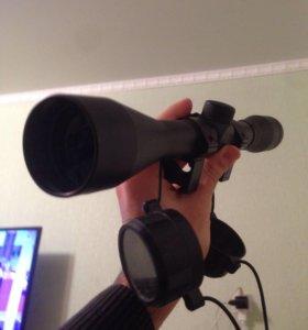 Оптический прицел 6 кратный зум.