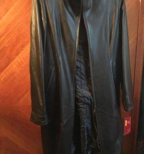 Новое Пальто женское натуральная кожа