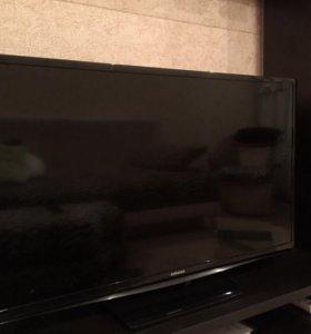 Телевизор samsung UE32H4000 в отличном состоянии