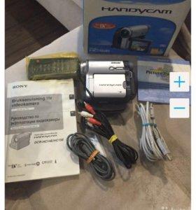 Продаю видеокамеру Sony DCR-HC15E