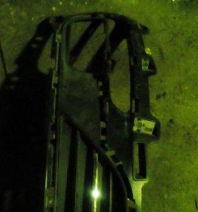 Киа рио 2015 рестайлинг решетка радиатора нижняя