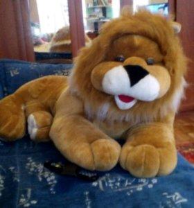 Лев огромный1,5мет