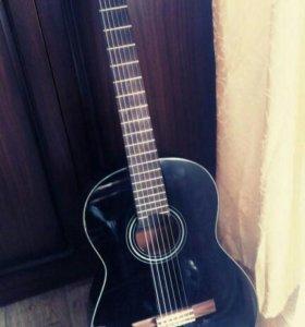 Продам гитару (новая)