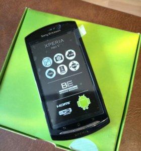 Телефон SONY XPERIA NEO V