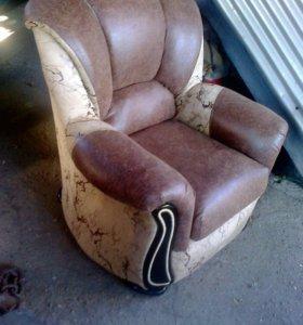 Перетяжка мебели.Новые диваны.