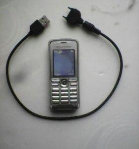 Рабочий телефон без крышки зарядника нету шнур
