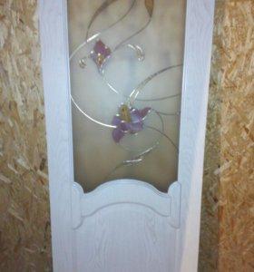 Дверь межкомнатная деревянная.