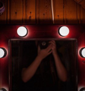 Гримерное зеркало на заказ