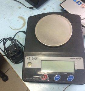 Электронные весы б/у