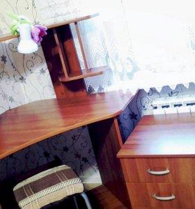 Стол компьютерный (письменный)  с тумбой
