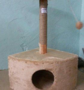 Домик с когтеточкой угловой