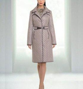 Демисезонный плащ-пальто Arte Скарлет