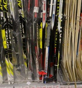 Новые лыжи 185 см с палками
