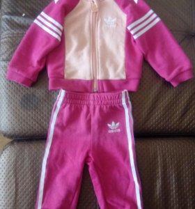 Спортивный костюм Adidas  74 размер