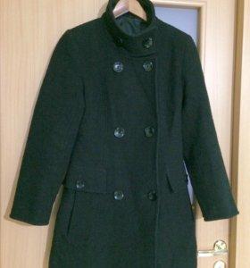 Шерстяное пальто 44р.