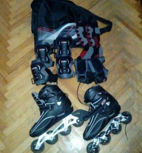 Роликовые коньки размер 41 чёрного цвета