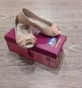 Новые туфли Bibi, кожаные