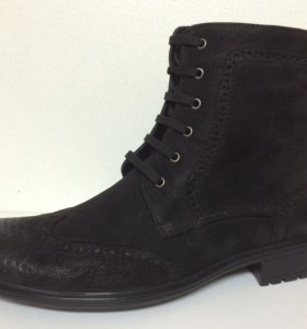 Новые ботинки VS