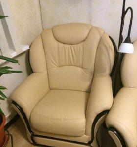 Диван + 2 кресла