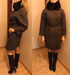 Продам демисезонное новое пальто