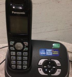 Радиотелефон Panasonic kx-tg6521ru с двумя трубкам
