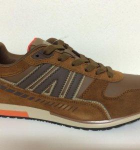 Новые кроссовки Strobbs коричневые