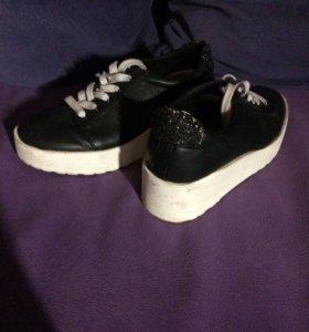 Ботинки (Bershka )