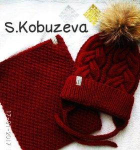Продаются две шапочки)