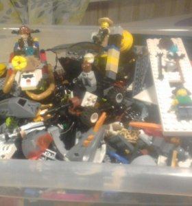 Лего ценные детали  человечки целый ящик