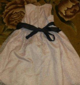 Платье для девочки 4-6 лет.