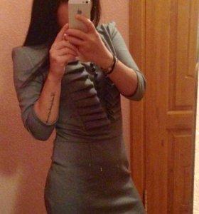Платье классическое серое