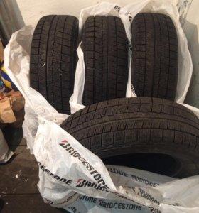 Зимняя резина Bridgestone blizzak Revo gz215/65r16
