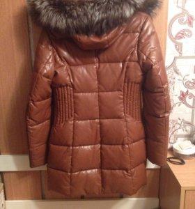 Пальто (зимнее) кожаное,теплое.