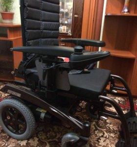 Инвалидное кресло-коляска с электроприводом