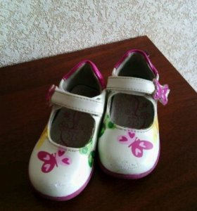 Туфельки  размер 21