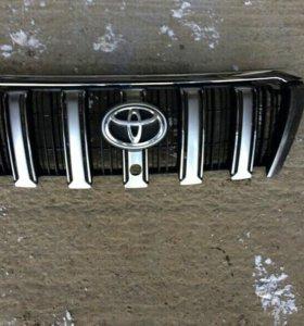 Toyota Land Cruiser 150 Prado 13- Решетка радиатор