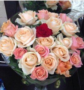 Доставка роз ,букетов
