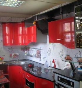Продается кухонный гарнитур, выставочный образец