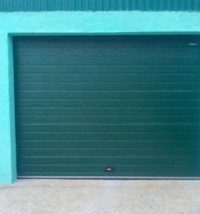 Секционные ворота 3000*2100