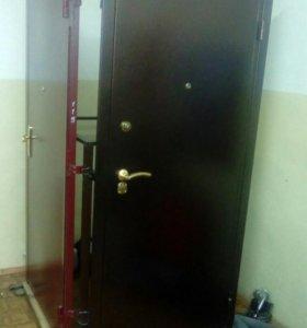 Новая Мет дверь.