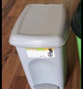 Ведро для мусора новое